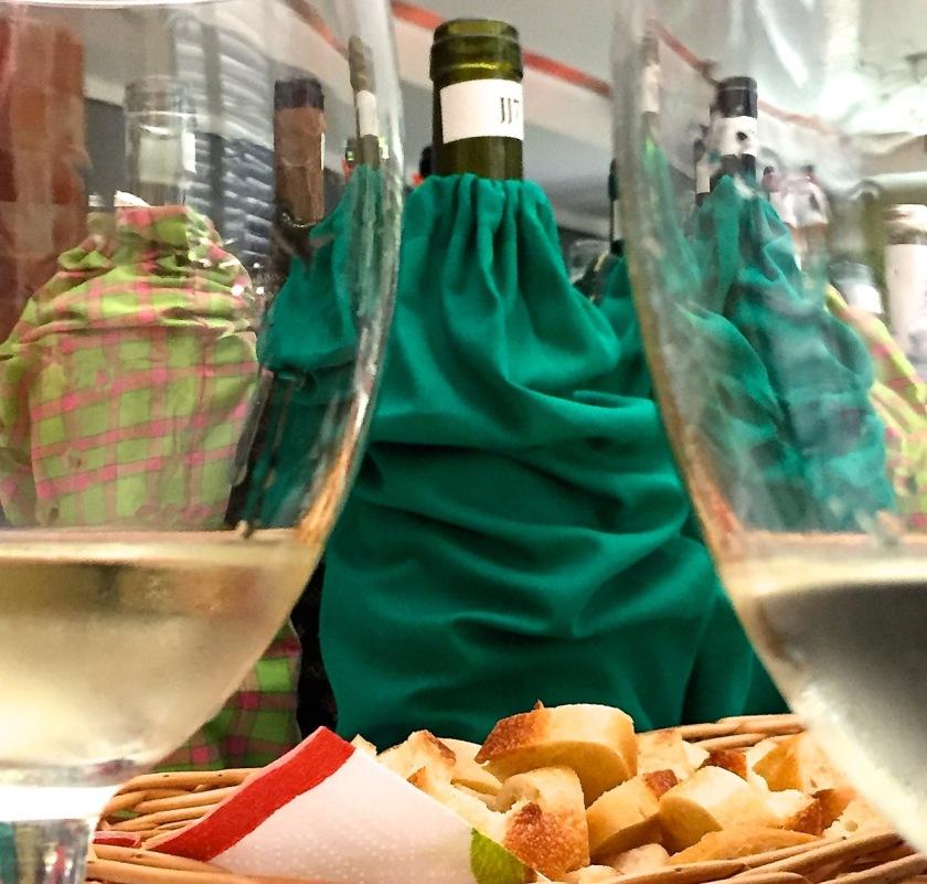 Alles, was der Weinverkoster benötigt. ©casowi